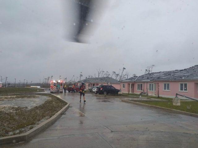 Florida'ya ilerleyen Dorian Kasırgasının şiddeti kategori 2'ye düştü