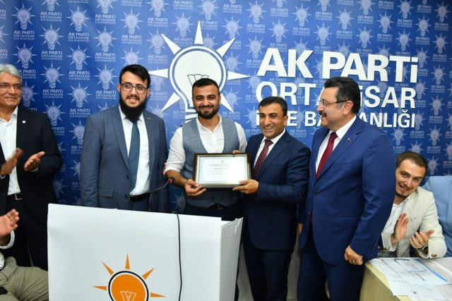AK Parti Ortahisar İlçe Başkanı Altunbaş'tan teşkilata 'nifak' uyarısı