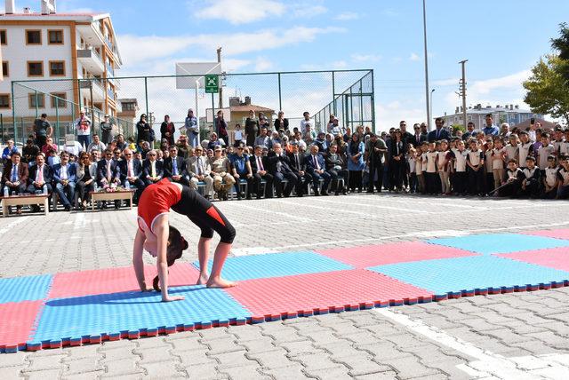 Sivas'ta öğrenciler ders başı yaptı