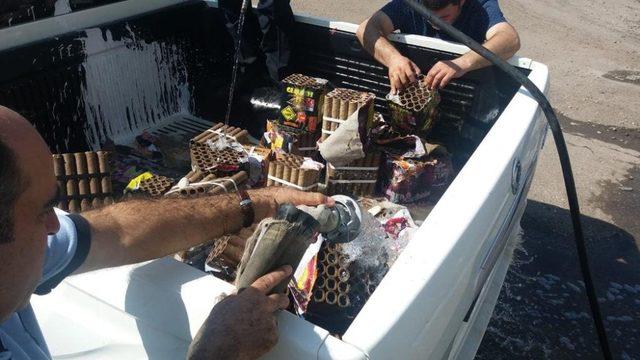 Bağlar Belediyesi, satışı yasak olan patlayıcı maddeler imha etti