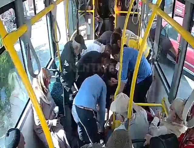 Halk otobüsünde bayılan kadını şoför hastaneye götürdü