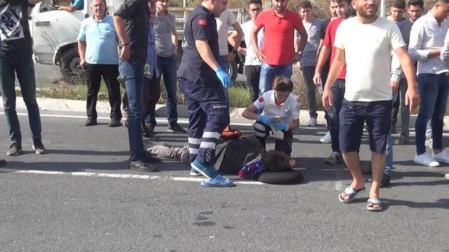 Arnavutköy'de otomobilin çarptığı yaya yaralandı