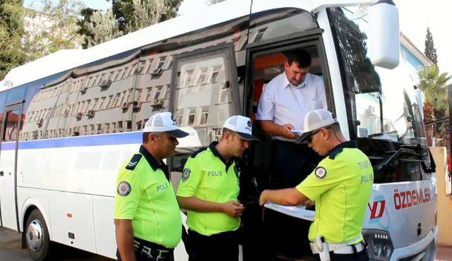 Alaşehir'de öğrenci servisi denetimi