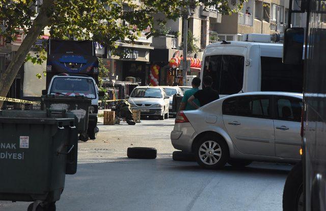 Otobüs durağında fünyeyle patlatılan düdüklü tencereden tereyağı çıktı