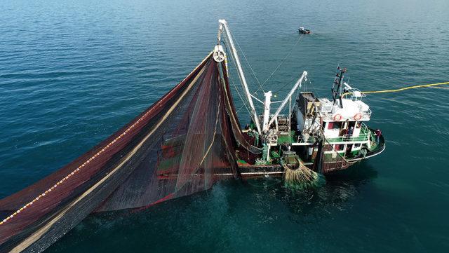 Değişen avlanma derinliği yasağı tartışması