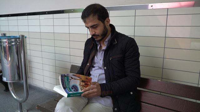 Bursa'da yolcular okumanın enerjisini paylaştı