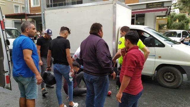 Milas'ta yağışla birlikte kazalar peşpeşe geldi