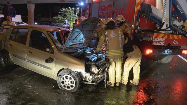 Maltepe'de trafik kazası: 2 yaralı