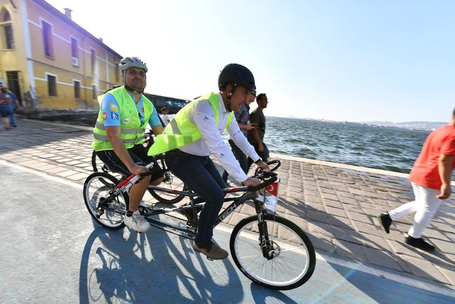 Görme engelli bireylerle birlikte bisiklet sürdüler