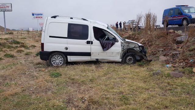 Develi'de trafik kazası: 3 yaralı