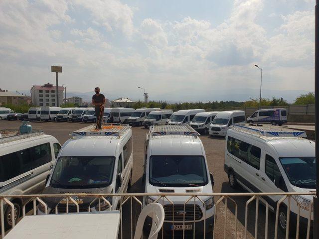 Bingöl'de çarşı merkezindeki minibüs durakları kaldırıldı
