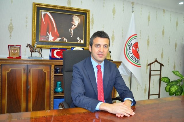 Gazetecilerden Başsavcı Karahan'a ziyaret
