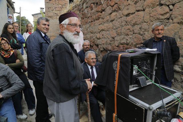 Başkan Büyükkılıç, Suveyda'nın setinde