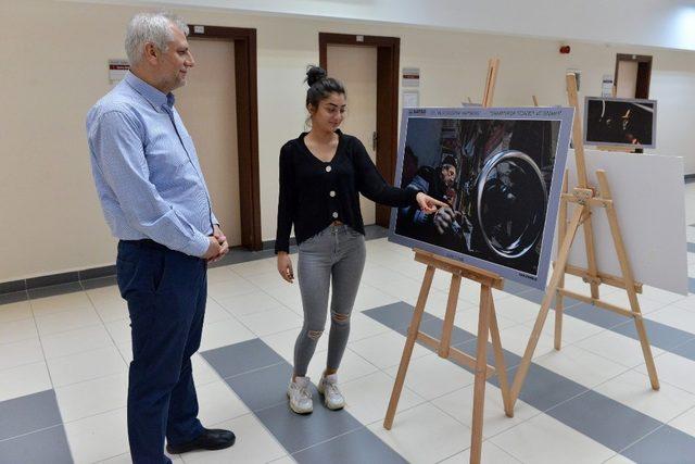 """SAÜ'de """"Sanayi ve ticaret şehri Sakarya"""" fotoğraf sergisi açıldı"""
