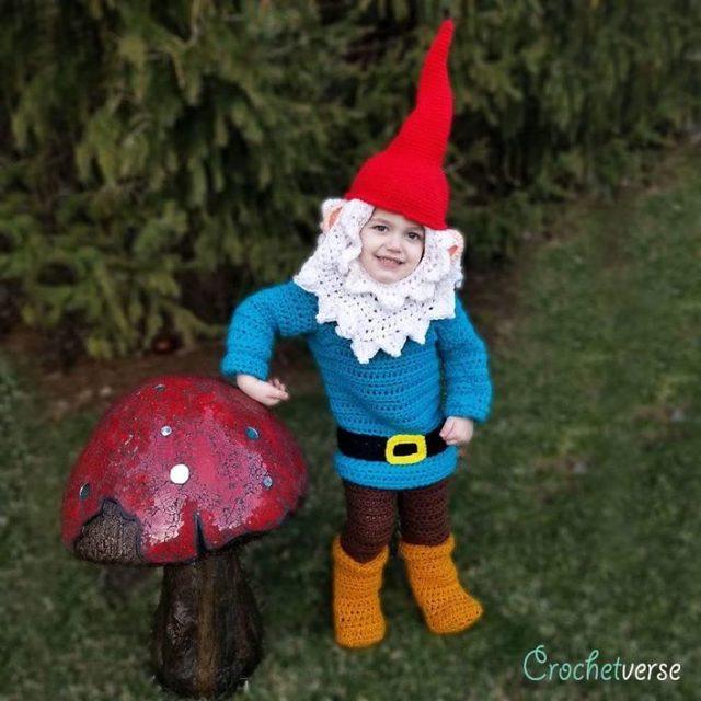 crochet-full-body-halloween-costumes-stephanie-pokorny-32-5d970e85aa3e5__700