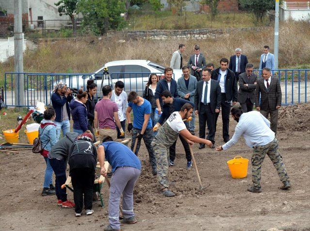 Bilecik'teki arkeolojik kazıda 8 bin yıllık evler bulundu