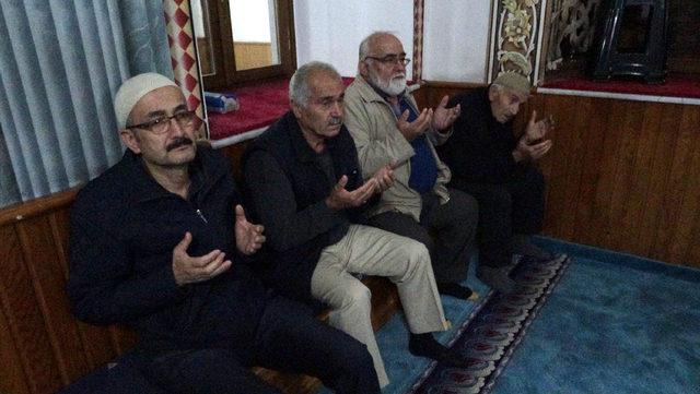Trabzon'da sabah namazında 'Fetih Suresi' okundu