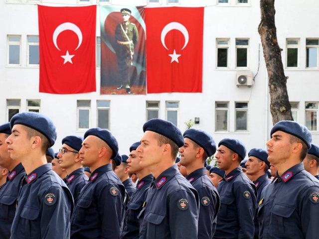 Burdur'da jandarma erleri yemin etti