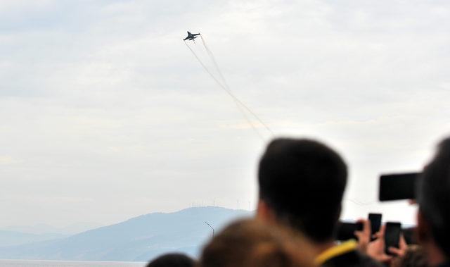 SoloTürk, Bursa'da gösteri yaptı