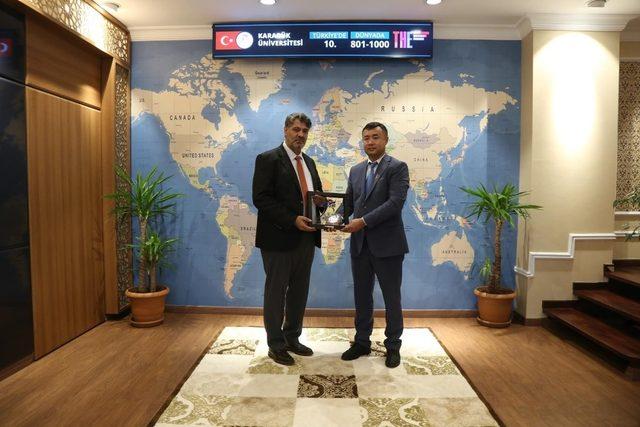 Kırgızistan OŞ Devlet Üniversitesi ile iş birliği protokolü