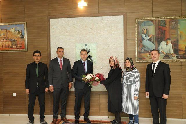 Vali Oktay Çağatay, vatandaşları makamında ağırladı