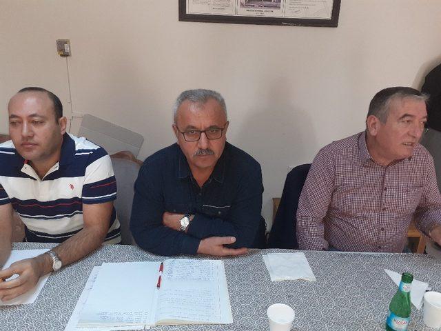Afyon Sürücü Kursları Birlik ve Dayanışma Derneği istişare toplantıda Şuhut'ta yapıldı