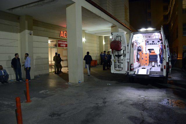 Traktör otomobile çarptı: 1 ölü, 1 yaralı