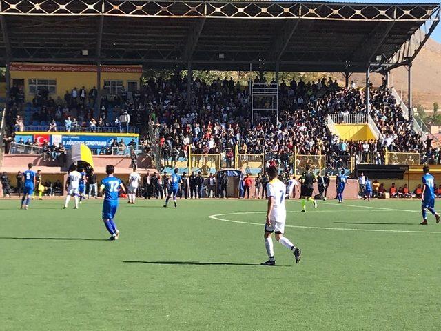 Bitlis Özgüzeldere Spor 3 puanla tanıştı