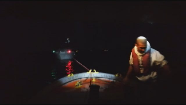 Kadıköy'de denizde kurtarma operasyonu kamerada