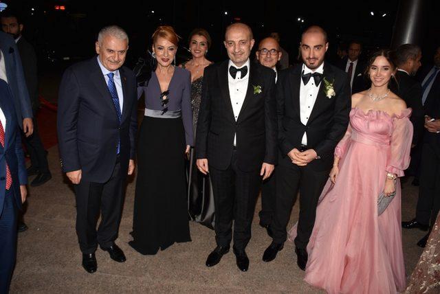 Binali Yıldırım, Asiye-Mustafa, Onur, Cansu Kefeli