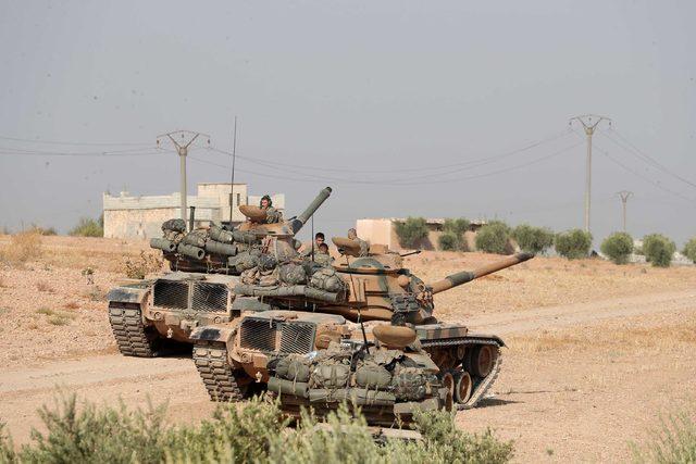 TSK, Münbiç sınırına takviye güç gönderiyor