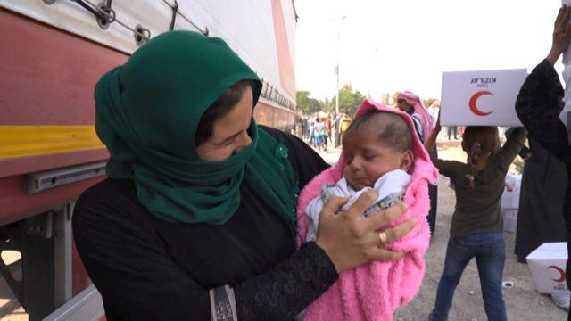 Kızılay'dan, Telabyad'da 1500 Suriyeli aileye yardım