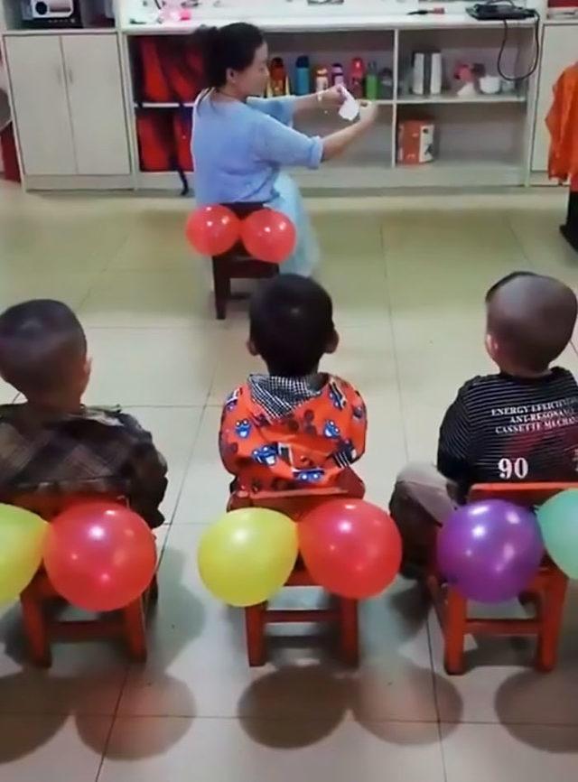 teacher-teaches-kids-butt-wiping-balloons-52
