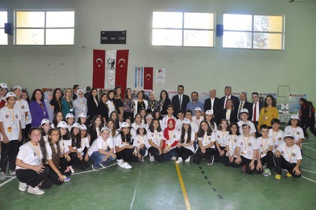 Safranbolu'da 4006 TÜBİTAK Bilim Fuarı açıldı