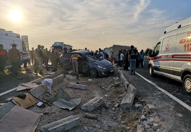 Mardin'de zincirleme kaza: 1 ölü, başsavcı ile 6 kişi yaralı
