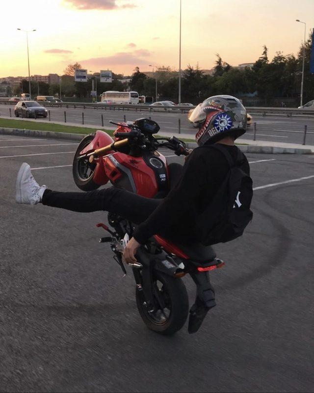"""(Özel) İstanbul'da """"Tek teker Mert"""" lakaplı motosikletli maganda yine yakalandı"""