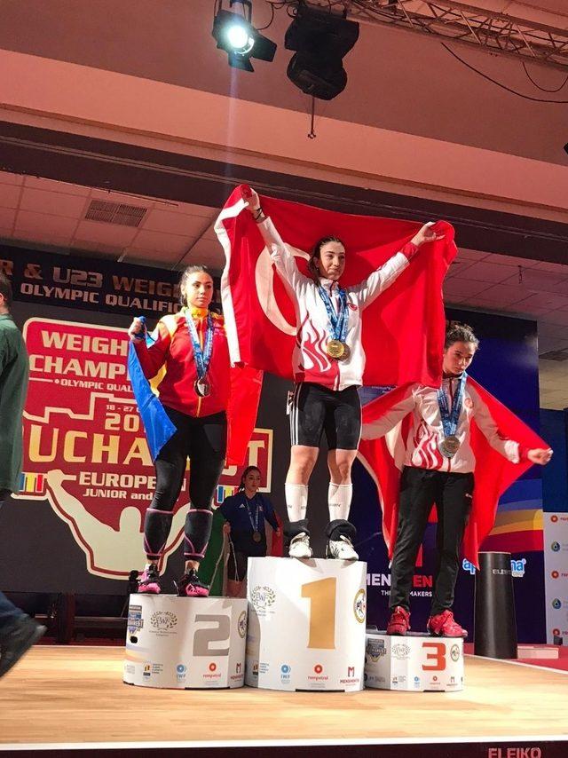Kağıtsporlu Berfin Avrupa şampiyonu