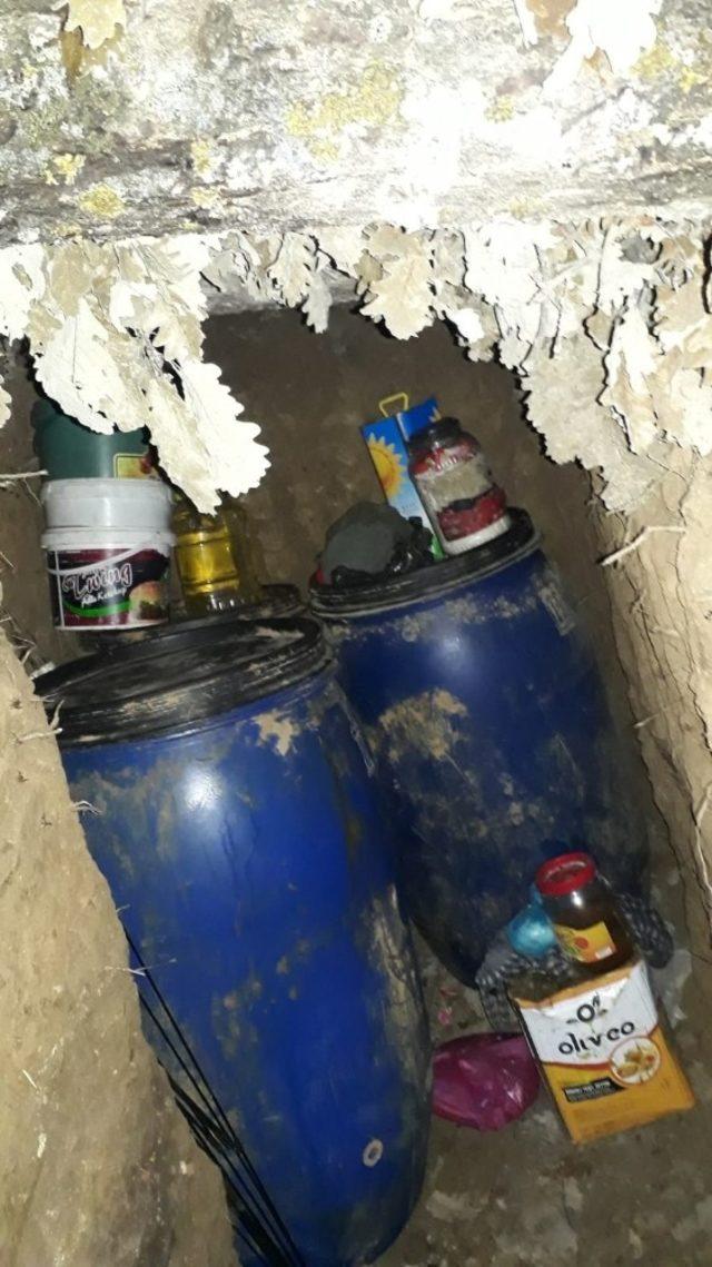 Muş'ta terör örgütüne ait 3 sığınak imha edildi