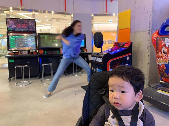korean-actress-mom-private-life-1-5dc3d96a35b78__700