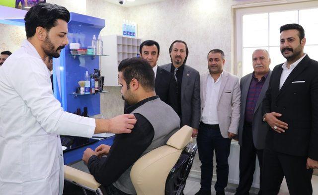 Van'da Hair Life Protez Saç Merkezi hizmete açıldı