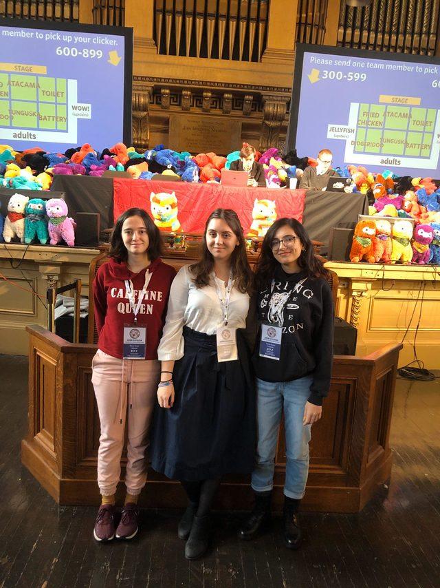 Öğrencilere Dünya Bilginleri Yarışması'ndan 7 madalya