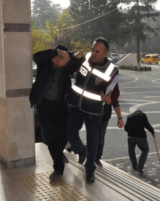 Konya'da fuhuş operasyonunda evli çift tutuklandı