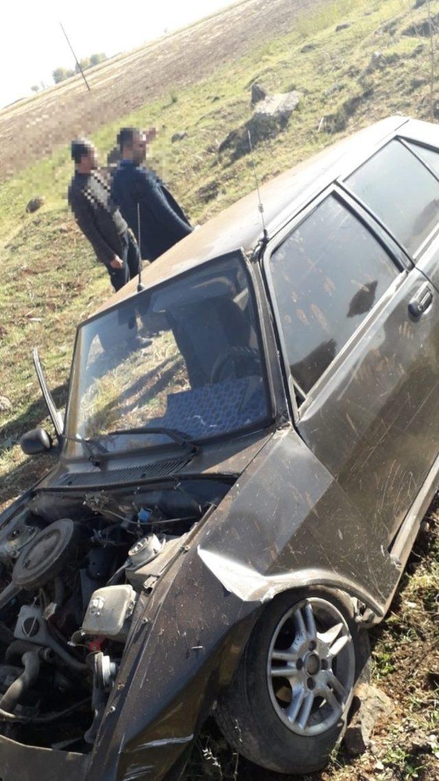 Diyarbakır'da otomobil şarampole yuvarlandı: 1 yaralı