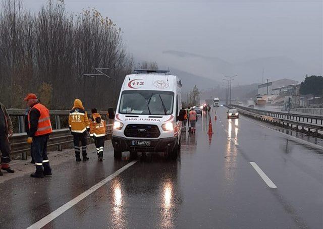 Bilecik'teki trafik kazasında karayolları görevlisi hayatını kaybetti<br />