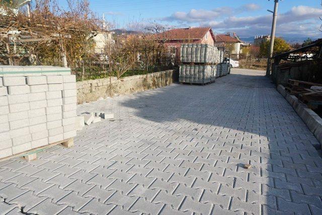 Osmancık'ta cadde ve sokaklara parke döşeniyor
