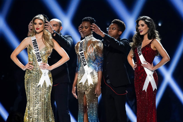 2019-12-09T075640Z_1331050878_RC2JRD9DYT7V_RTRMADP_3_USA-MISSUNIVERSE