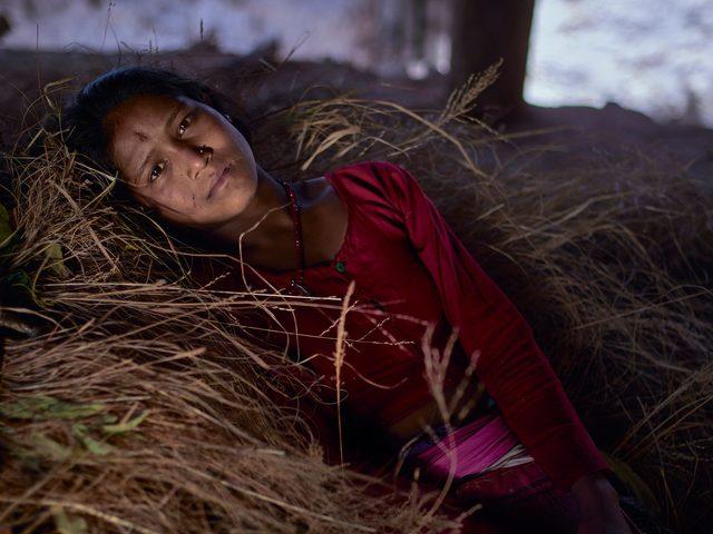 Adet dönemlerinde sürgüne gönderilen Nepalli kadınların trajik hikayeleri