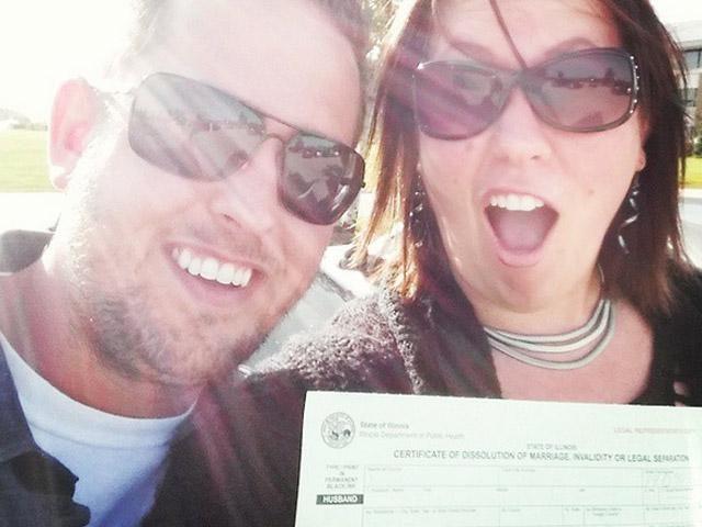 Sosyal medyanın yeni akımı: Boşanma selfie'si!