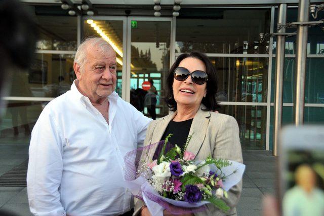 Hülya Koçyiğit Türkiye'ye döndü