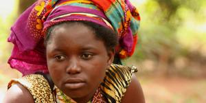 Afrika'daki korkunç gelenek: Ergenliğe giren kızlar 'sırtlan'larla cinsel ilişkiye girmeye zorlanıyor
